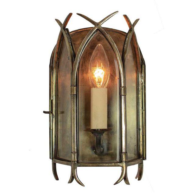 732 Gothic 1 Light Wall Lantern